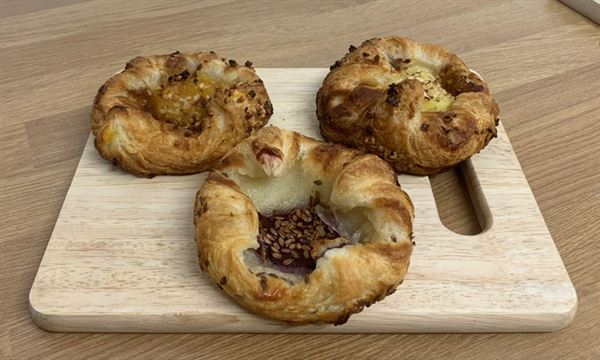 Bridor Vegan Custard Danish Crown [48x90g]